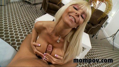 Old cougar anal
