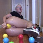 Roxy Raye in the scene Butthole Bowling
