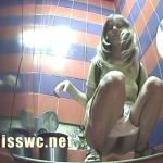 Cafe wc pissing spycam